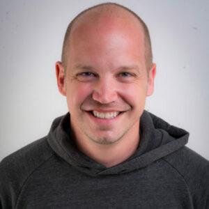 Josh Summers headshot